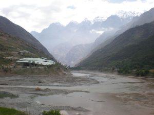 1280px-Yangtze_River_in_Yunnan_02